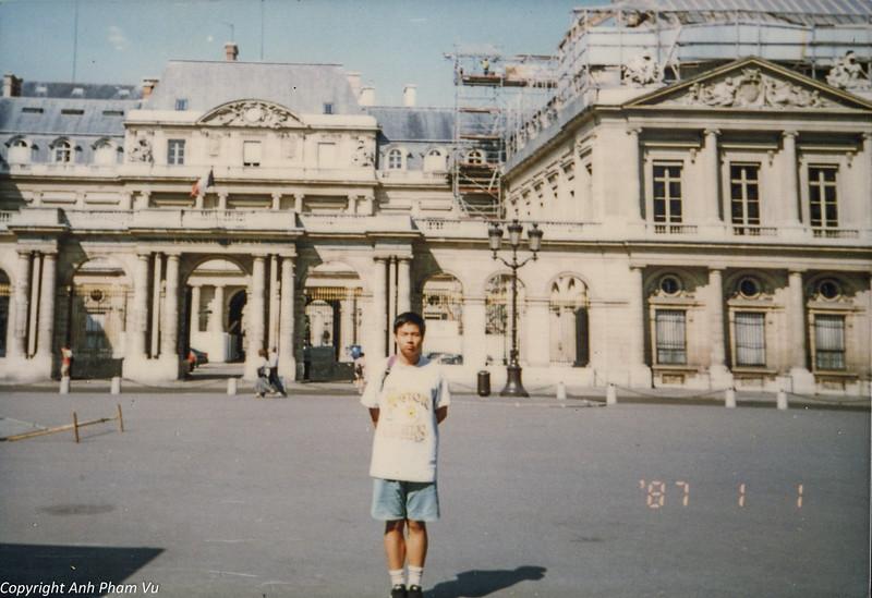 Paris 90s 035.jpg