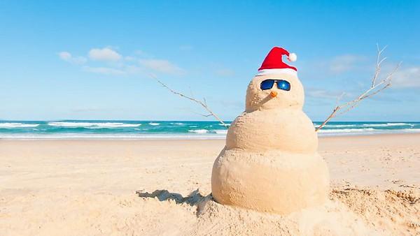 christmas-beach-holiday.jpg
