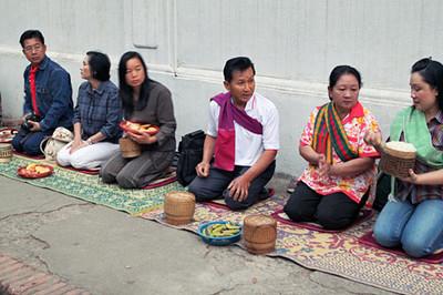 Slideshow - Alms for Monks in Luang Prabang, Laos 2011