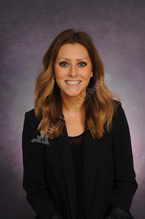 33141 Emily Phillips Emergency Medicine Portrait Feb 2017