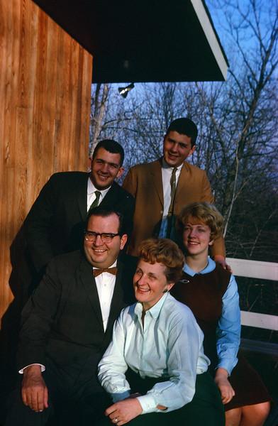 1962 Ricca Family.jpg