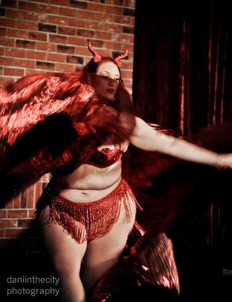 Burlesque (10 of 88).jpg
