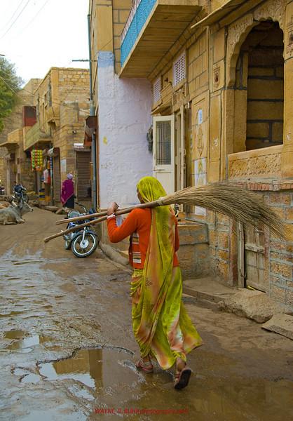 INDIA2010-0208A-363A.jpg