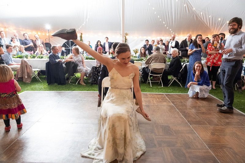 kwhipple_toasts_first_dance_shoe_game_20180512_0156.jpg