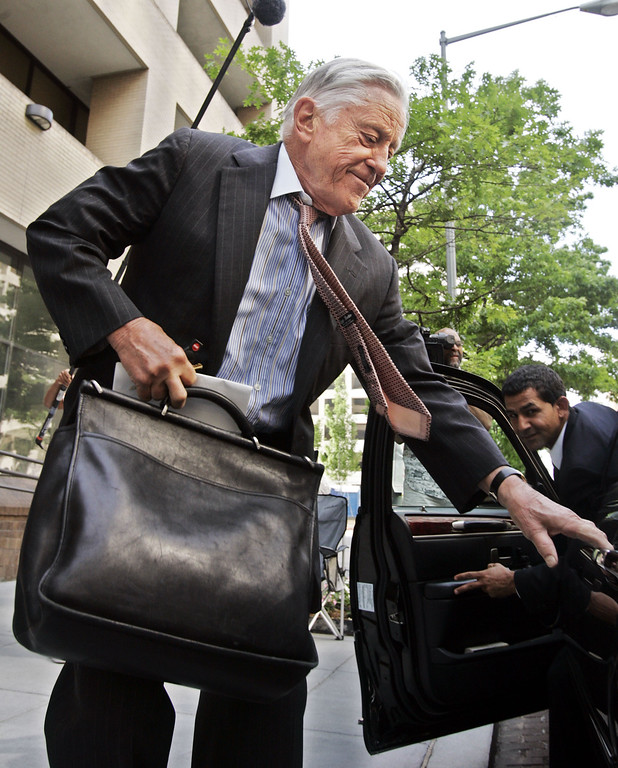 . FILE - In this June 1, 2005 file photo, former Washington Post executive editor Ben Bradlee leaves the Washington Post building in Washngton. Bradlee died Tuesday, Oct. 21, 2014, according to the Washington Post.  (AP Photo/Manuel Balce Ceneta, File)