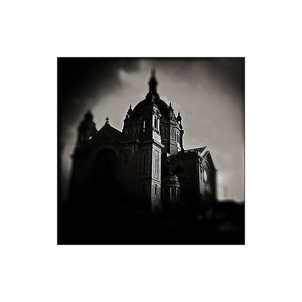 b:w Saint Paul Cathedral.jpg