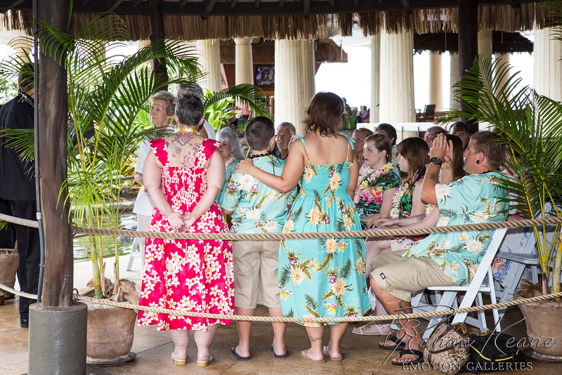027__Hawaii_Destination_Wedding_Photographer_Ranae_Keane_www.EmotionGalleries.com__141018.jpg