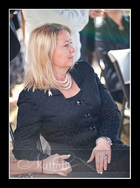 Lori Funeral 320.jpg