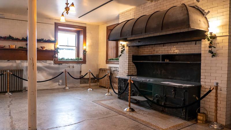 New-York-Dutchess-County-Staatsburgh-State-Historic-Site-Mills-Mansion-14.jpg