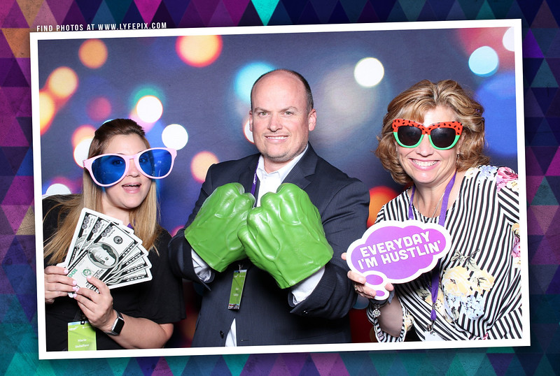 schoolmessenger-nspra-newseum-dc-photo-booth-182430.jpg
