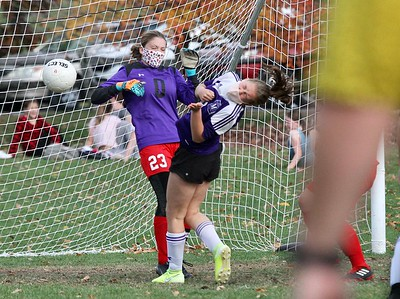 LTS M.S. Girls Soccer vs MS photos by Gary Baker
