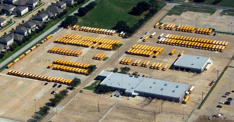221orsoschoolbuses2.jpg