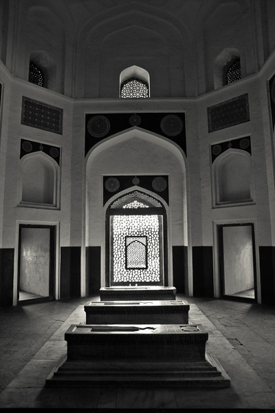 One of the side tombs, Humayun's tomb