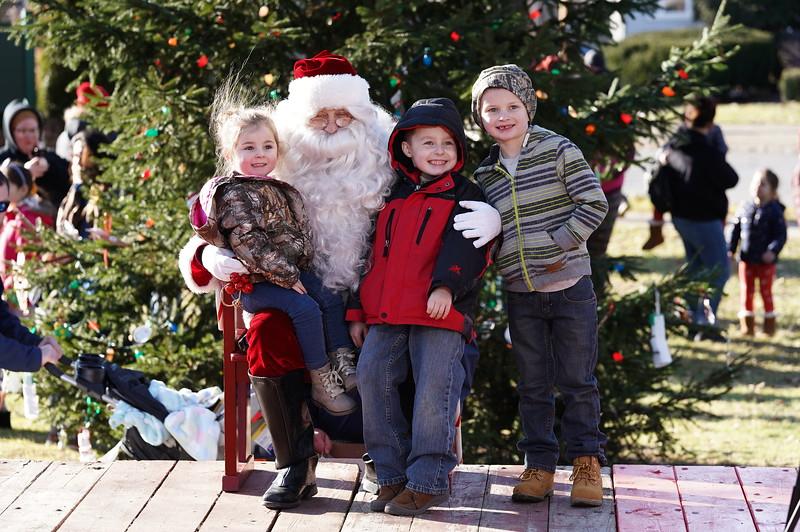 Santa In The Park 20190090.JPG