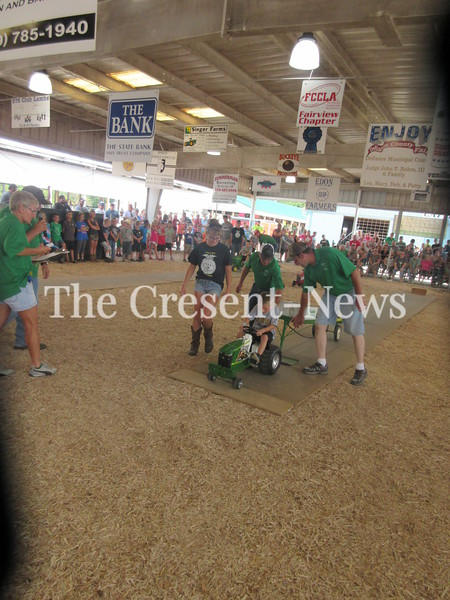 08-19-18 news Defiance County Fair pedal pull