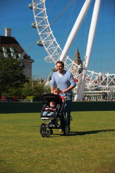 BuggyBoard_MAXI_London_lifestyle.JPG