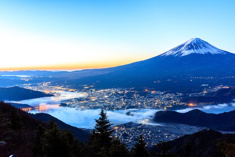 Mt Fuji and Kawaguchi-ko. Editorial credit: Pigprox / Shutterstock.com