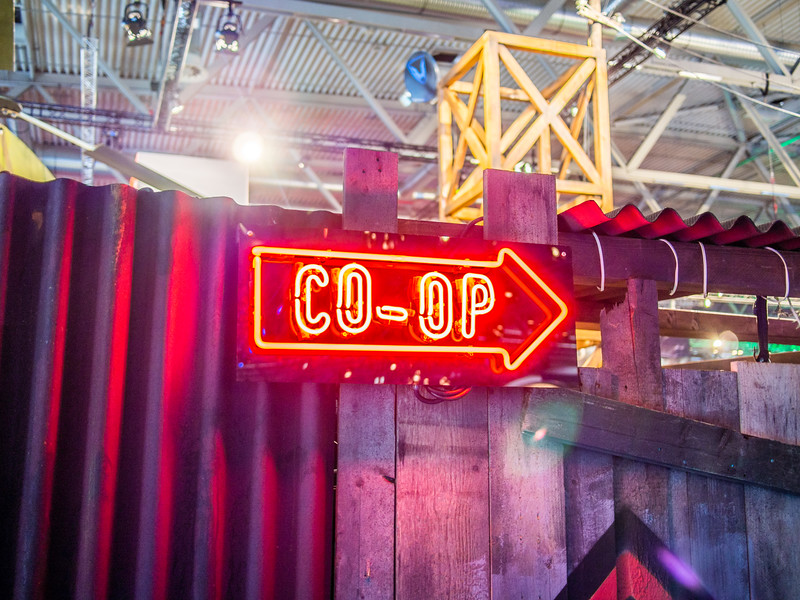 Co-op sign at Gamescom 2013