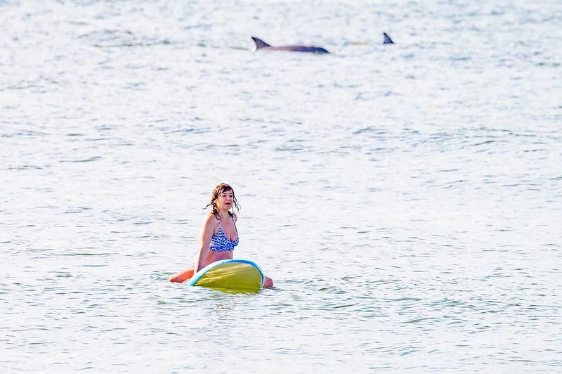 20210904-Elizabette Cohen surfing Long Beach 9-4-21Z62_4721.jpg