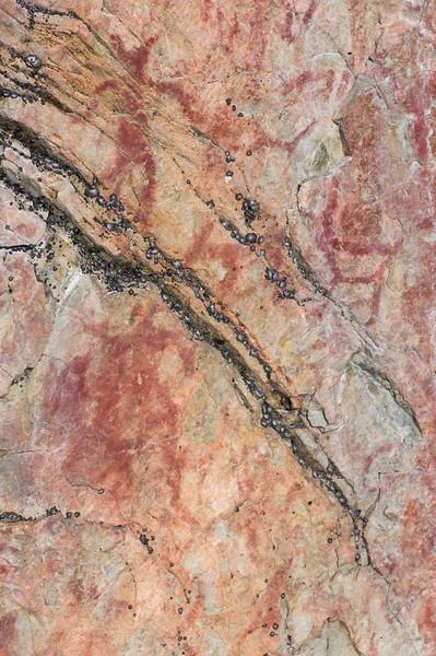 Drawings on the Rocks of Hossa III