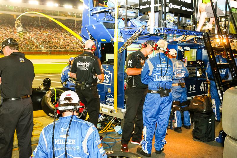 NASCAR_Lowes_189.jpg