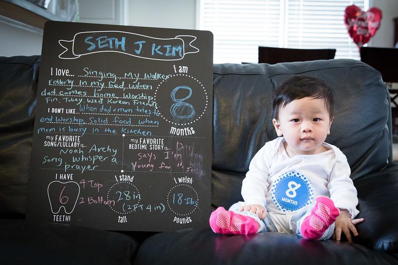 Seth 8 month-3453.jpg