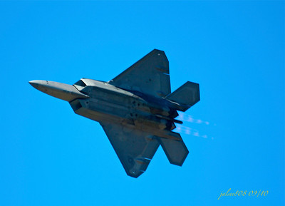 F22 Raptor - Bayfest Airshow - MCBH 09/24/10