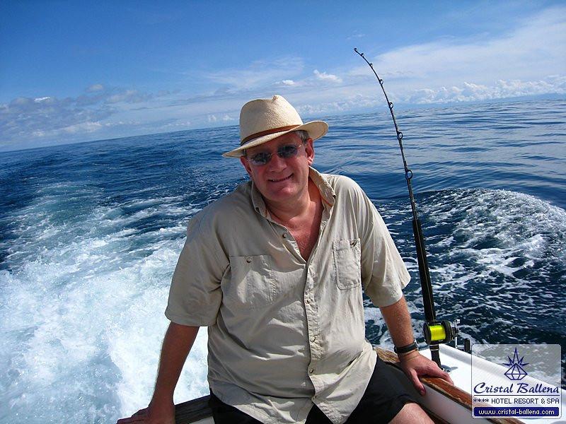 Tours-Sport-Fishing1_0600px-wm.jpg