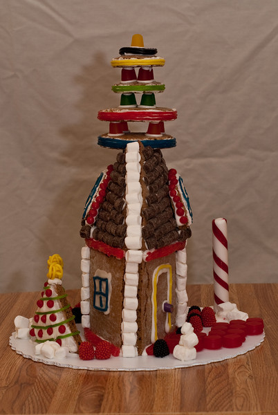 Gingerbread house front view.  (Ab Initio, Joel's company, gave everyone a gingerbread house building kit.  Here is the house Daphne and Ben built.)