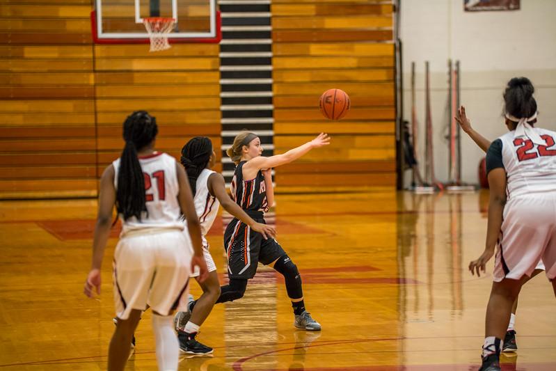Rockford JV Basketball vs Muskegon 12.7.17-32.jpg