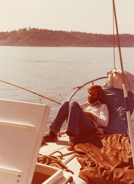 Grapeview dad on boat.JPG