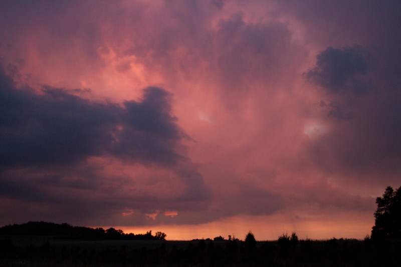 red-clouds-dawn_8777602295_o.jpg