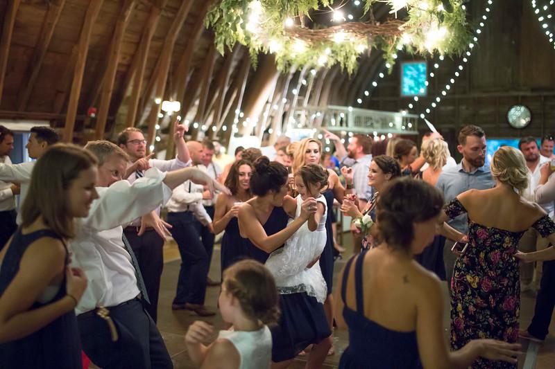 Garrett & Lisa Wedding (775).jpg