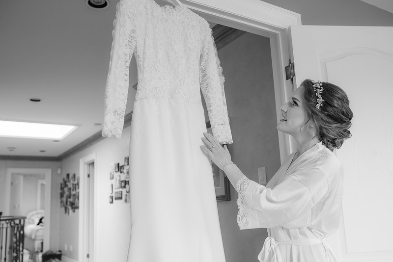 Miri_Chayim_Wedding_BW-50.jpg