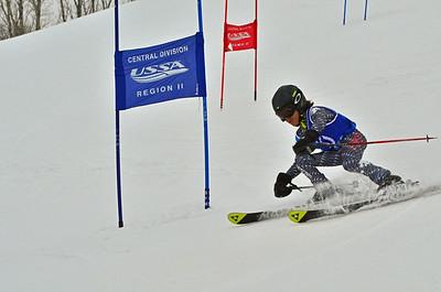 Dec 30-31 Mt Ripley J456 (M) GS 1st race 1st run