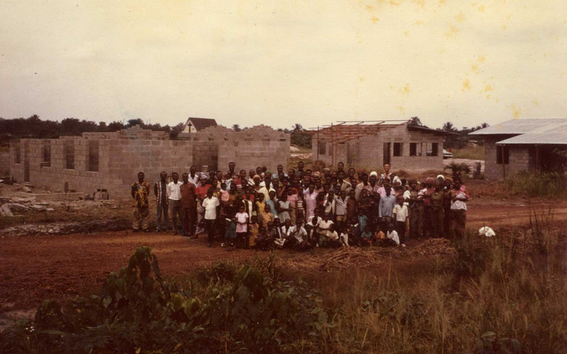 1974 First houses under construction in Bokotola with homeowner families (Bokotola means people who don't like other people such as Belgians separating themselves from Africans - later name Bokotola was changed to Losanganya)