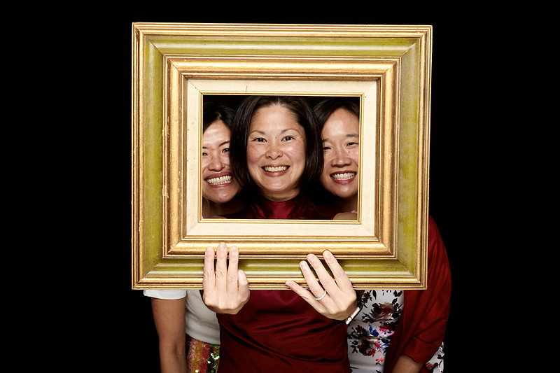 Endocrine Clinic Holiday Photo Booth 2017 - 008.jpg