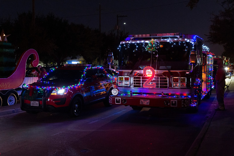 Holiday Lighted Parade_2019_001.jpg