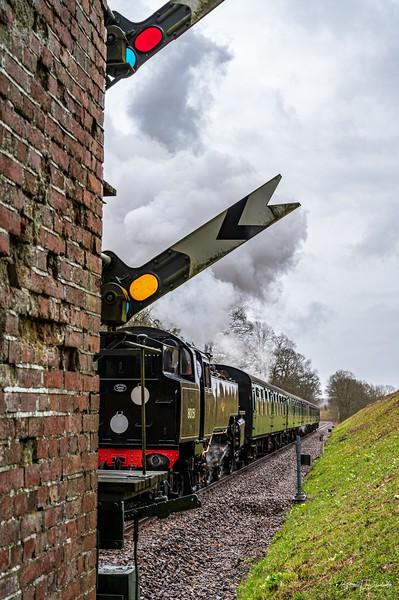 BR Standard Tank No.80151 approaches Three Arch Bridge