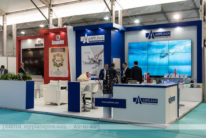 F20180425a091248_4887-exposition-vendeurs-sellers-industrie.JPG