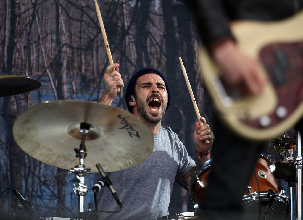 . Lead singer Ben Bridwell performs with Band of Horses on the Land\'s End stage during the 6th annual Outside Lands Music and Arts Festival in Golden Gate Park in San Francisco, Calif., on Friday, Aug. 9, 2013. (Jane Tyska/Bay Area News Group)