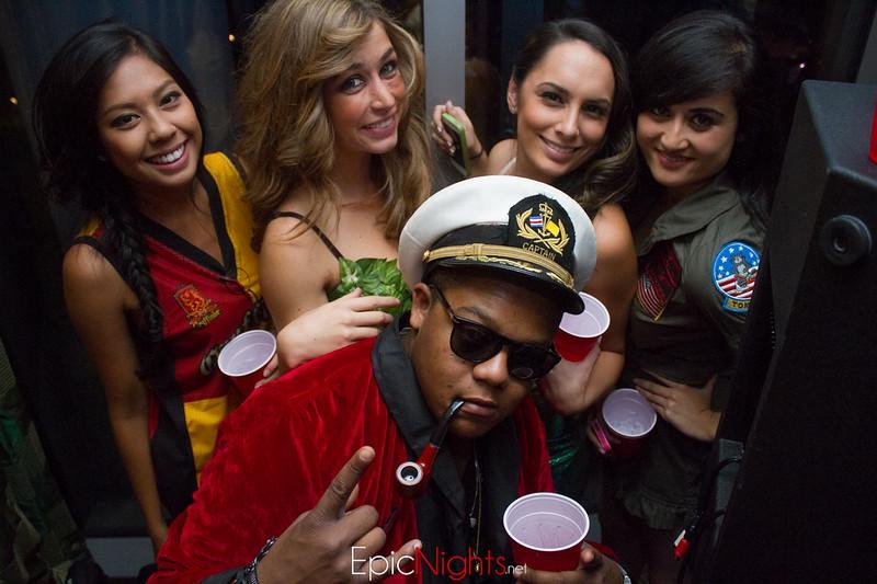 103013 Halloween Suite Party-7140.jpg