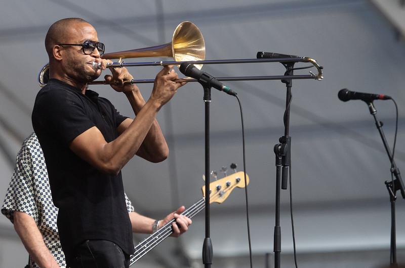 tromboneshorty (mavis).jpg