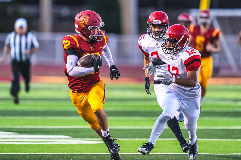 La Canada High School varsity football defeats the Glendale High School Nitros 33-3.