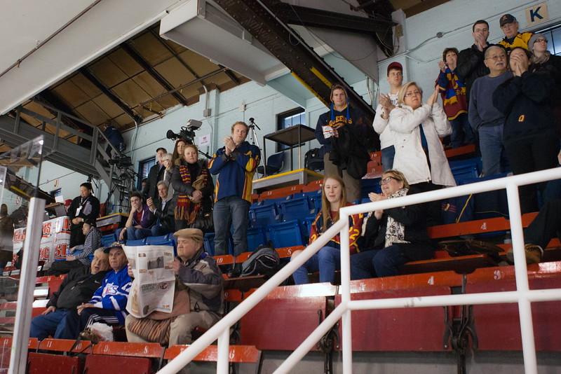 20130310 QWHockeyvsUBC 770.jpg