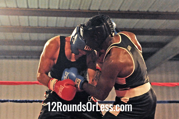 Bout 11=Main Event Alanhte Green, Zelma george/Empire Boxing -vs- Matt Orosz, Old Angle BC Heavyweight Novice