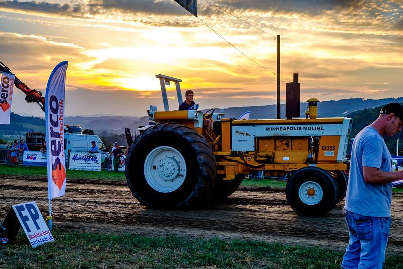 Tractor Pulling 2015-2015.jpg