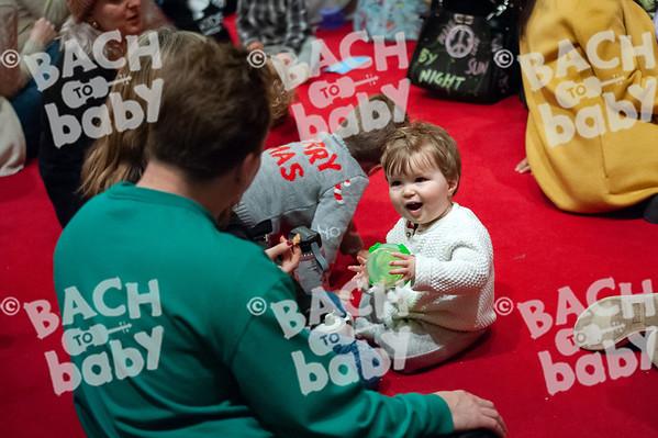 ©Bach to Baby 2019_Laura Woodrow_Islington - Barnsbury_2019-13-12_ 6.jpg