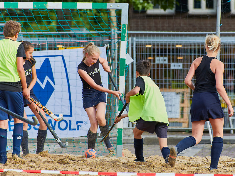 20170616 BHT 2017 Beachhockey & Beachvoetbal img 057.jpg