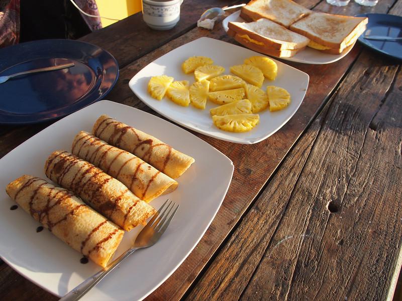 P5168262-breakfast-day-2.JPG
